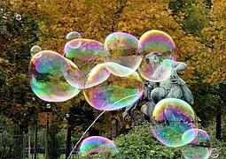 bubbles-1075423__180